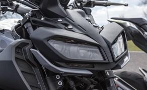 Nakedbike Vergleich - Triumph vs. Yamaha vs. Suzuki Bild 5 Die MT-09 punktet beim ersten Kennenlernen gleich mal mit böser Optik