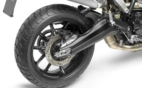 Ducati Scrambler 1100 - Alle Versionen Bild 5 Die umfangreiche Serienausstattung der insgesamt drei Scrambler-Modelle umfasst Kurven-ABS, Fahrmodi, Leistungsmodi, Traktionskontrolle, LED-Leuchten, LC-Display mit Gang- und Tankanzeige, USB-Anschlußmöglichkeit und mehr.