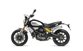 """Ducati Scrambler 1100 - Alle Versionen Bild 2 Der Scrambler 1100 wird von einem neuen L-Twin angetrieben, der vom """"alten"""" 1100er Monster-Motor abgeleitet und auf EURO4-Niveau upgedatet wurde."""