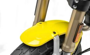 Ducati Scrambler 1100 - Alle Versionen Bild 9 Fahrwerk vorne 45 mm Marzocchi Gabel, voll einstellbar