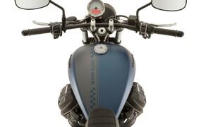 Moto Guzzi V9 Bobber und Roamer 2018 Bild 3