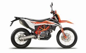 """Motorrad Neuheiten 2019 Bild 6 Nicht nur die Supermoto-Fans wurden erhört und können sich über eine neue KTM 690 SMC R freuen, auch die Freunde der gepflegten Einzylinder-Power im Gelände können sich freuen – die Power-Hardenduro KTM 690 Enduro R wird mit viel Elektronik an Bord das Gelände umackern! Hier ist alles, was ihr zur <a href=""""/modellnews-3005051-ktm-690-enduro-r-2019"""">neuen KTM 690 Enduro R</a> wissen müsst!"""