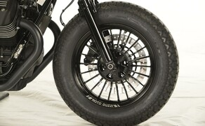 Ottocentocinquantatré - 853 cm³ in der Custom Moto Guzzi Bobber Bild 7