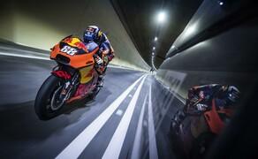 Mit dem KTM MotoGP Bike durch den Gleinalmtunnel Bild 1
