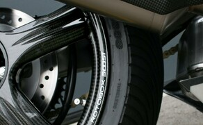 Honda CB1000R-adical by Fuhrer Moto Bild 19