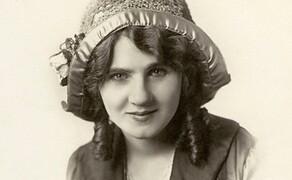 """Blinker - ihre Geschichte und die Technik Bild 2 Florence Lawrence - die Erfinderin des """"auto signaling arm"""""""
