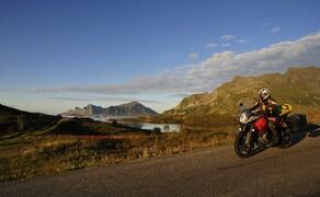 Die besten Routen für eine Motorradtour ans Nordkap Bild 10 Für die Lofoten solltest du ein paar Tage Zeit extra einplanen. © Feelgood Reisen