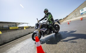 Dunlop Sportsmart MK3 Test Landstraße und Rennstrecke Bild 13
