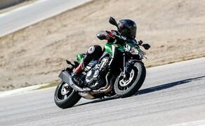 Dunlop Sportsmart MK3 Test Rennstrecke und Landstrasse Bild 7 Kein Vorteil ohne Nachteil. Bei hohen Reifentemperaturen verschlechtern sich die Performance-Werte. Wann tritt das in der Praxis auf? Bei der Kombination von Drehmoment + Rennstrecke + Gasgriffhenker.
