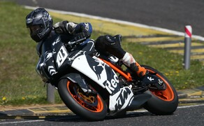 Trackdays 2019 Pannoniaring April - Tag 2 - Gelbe Gruppe Bild 9