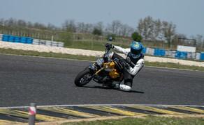 Honda Monkey auf der Rennstrecke! Kneedown am Pannoniaring! Bild 2