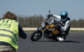 Honda Monkey auf der Rennstrecke! Kneedown am Pannoniaring! Bild 9