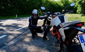 Honda CB650R vs. KTM 690 Duke 2019 Bild 14