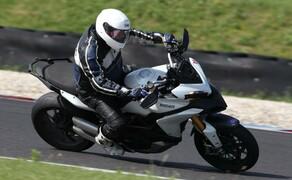 1000PS Bridgestone Trackdays Slovakiaring- Juni 2019   Gruppe Blau Tag 1 Bild 1
