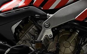 Ducati Streetfighter V4 2020 Prototyp Bild 13