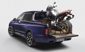 BMW Pickup! Bild 1 BMW X7 Pickup mit BMW F 850 GS