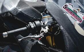 Ducati Panigale V4 Carbon von Carlin Dunne Bild 8
