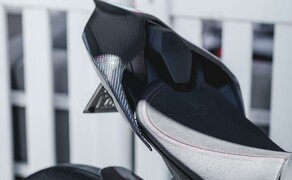 Ducati Panigale V4 Carbon von Carlin Dunne Bild 10