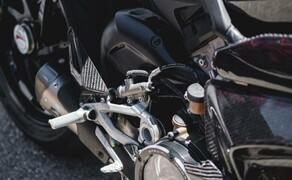 Ducati Panigale V4 Carbon von Carlin Dunne Bild 14