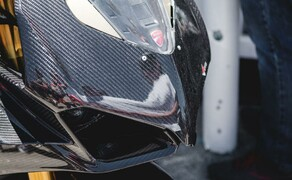 Ducati Panigale V4 Carbon von Carlin Dunne Bild 15