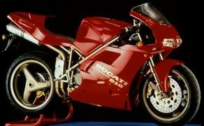 Throwback: Originale Studiobilder der Ducati 916, 996 und 998 Bild 17 Die Ducati 916 Strada - Baujahr 1994.