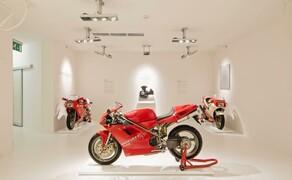 Throwback: Originale Studiobilder der Ducati 916, 996 und 998 Bild 20 Die 916 im Ducati Museum in Bologna, Italien.