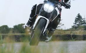 Dunlop Reifentest - Geile Pneus auf 125ern Bild 3 Nicht nur der Reifen macht eine gute Figur - Auch die KTM 125 Duke schlägt sich wacker!