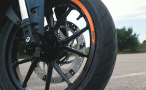 Dunlop Reifentest - Geile Pneus auf 125ern Bild 20 Der Dunlop GPR-300  Preis/Leistung haben überzeugt - Kompromisse muss man dennoch eingehen.