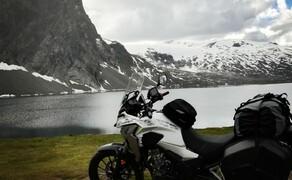 Norwegen Reisebericht - Ein Traum auf zwei Rädern Bild 17 Diese Wahnsinns-Szenerie bietet auch jede Menge Möglichkeiten für tolle Fotostopps.