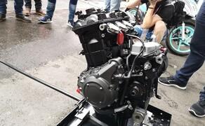Die Technik der Moto2 - Hinter den Kulissen Bild 2 Das Ausstellungsstück: diesen Triumph Dreizylinder durften wir uns am Red Bull Ring genau ansehen...