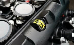 Die Technik der Moto2 - Hinter den Kulissen Bild 4 Hier sehen wir eines der Siegel, das nur von ExternPro entfernt werden darf.