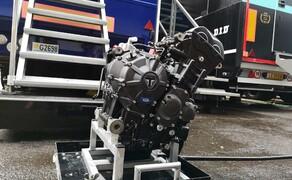Die Technik der Moto2 - Hinter den Kulissen Bild 11 Der Moto2 Motor aus mehreren Blickwinkeln