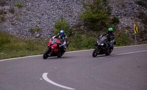 Aprilia RSV4 1100 Factory vs. BMW S 1000 RR 2019 Bild 5 Aprilia RSV4 1100 Factory vs. BMW S 1000 RR
