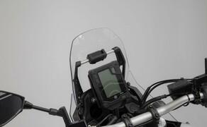 SW-Motech Zubehör für die Yamaha Tenere 700 Bild 2 Navi-Halter an Rohr Ø 10/12 mm