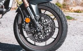 Yamaha MT-07 SP vs. Honda CB650R Vergleich Bild 13
