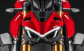Ducati Streetfighter V4 2020 Bild 12 Das Design der Frontmaske soll sich laut Ducait an der Maske der Panigale und am Comic-Charakter Joker orientieren.