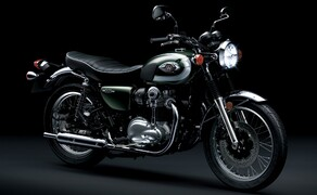 """Kawasaki Neuheiten 2020  Bild 14 Gute Nachrichten für alle Retrofreunde. Die wunderschöne W800 wird ebenfalls neu aufgelegt. <a href=""""/modellnews-3006110-kawasaki-w800-2020"""">Hier gehts zum Kawasaki W 800 Bericht</a>"""