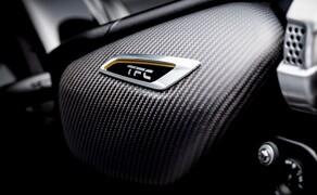 Triumph Bonneville Bobber TFC 2020 Bild 11 Reichlich Karbonfaserteile geben der Bobber TFC einen noch edleren Look.