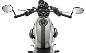 Moto Guzzi V7 Sondermodelle 2020 Bild 5