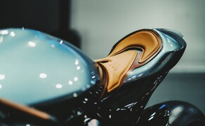 Brough Superior - Aston Martin AMB 001 Bild 10