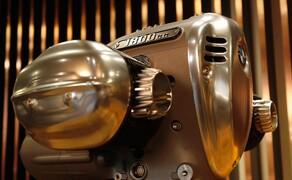 BMW R18 Motor Bild 7 Verbrauch ca 5,5 Liter auf 100km.