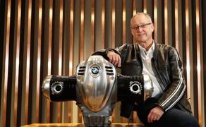BMW R18 Motor Bild 1 Joseph Miritsch, Vater des Big Boxer, ist sichtlich stolz auf seine Schöpfung.