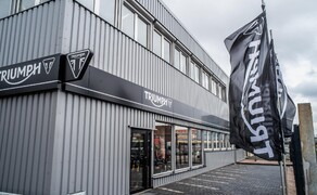 Triumph Black World Bild 2 Triumph Black World  Flagshipstore Hamburg