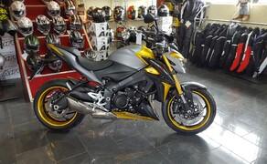 Folierungen/Motorrad Bild 18 GSXS1000 Felgen und Verkleidungsteile in Gold foliert
