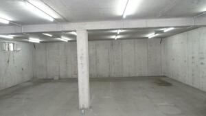Unser Lagerraum für unsere Maschinen.
