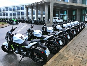 Kawasaki test driving Portugal 2017