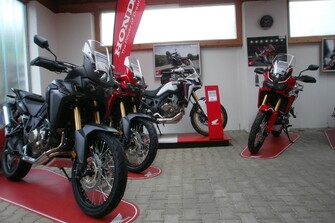/galleries-africa-twin-crf-1000-15418