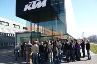 KTM-Wimmer bei  Werksbesichtigung März 2012