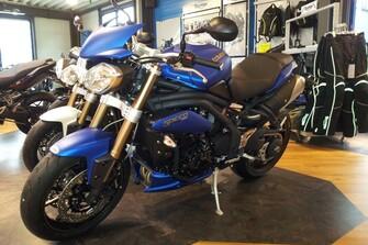 NEUE Triumph 2013er Showbikes mit neuen Special Edition und Sonderfarben in unseren Showrooms
