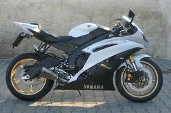 Yamaha R6 Akrapovic / Rizoma Galerie vom 18.04.2012